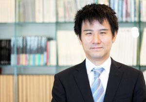 AAA起業ガイド 代表社員 西本隆文
